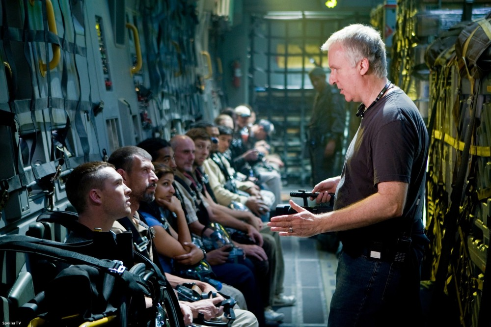 James Cameron shoots Avatar.