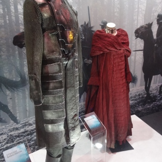 Stannis and Melisandre's costumes