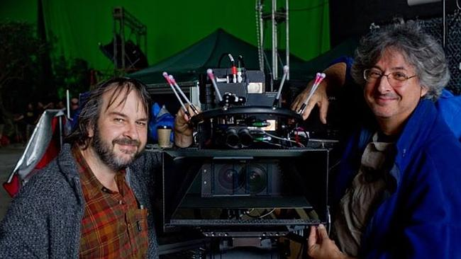 Andrew Lesnie and Peter Jackson shoot Lord of the Rings.