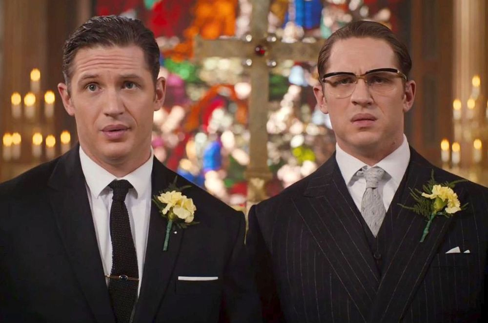 Tom Hardy as Reggie (Left) and Ronald (Right) Kray.