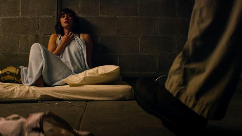 Mary Elizabeth Winstead as Michelle.