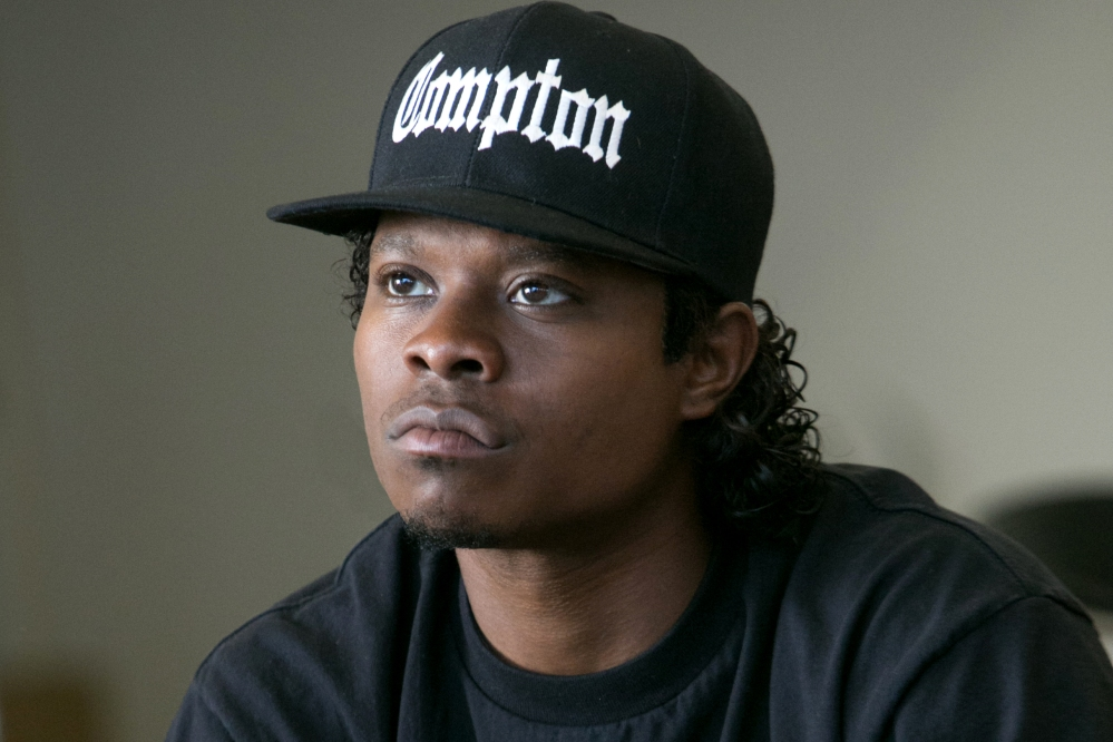 Jason Mitchell as Eazy-E.