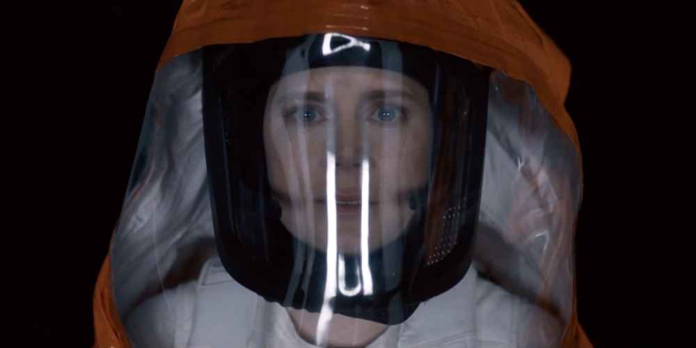 Amy Adams as Dr. Louise Banks.